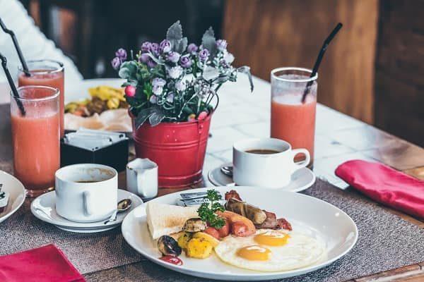 Ранний завтрак — источник бодрости